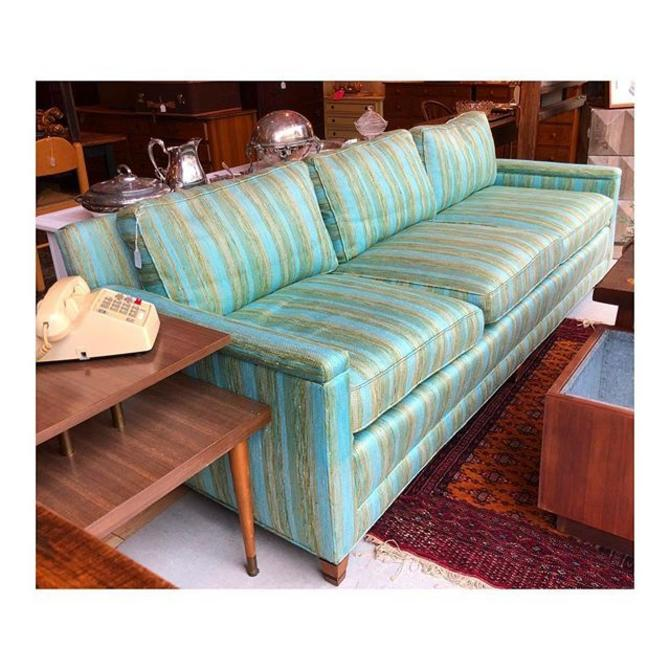 Fabulous 1970's blue and green sofa in GREAT condition