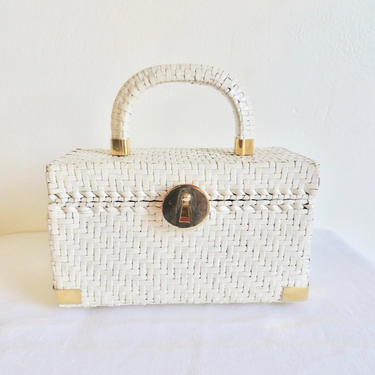 Vintage 1960's Koret White Woven Wicker Box Purse Top Handle Gold Closure Hardware Italian Handbag Made in Italy Mod 60's Accessorries by seekcollect