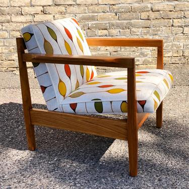 Open Frame Lounge Chair