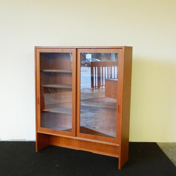 HA-C8379 Teak Hundevad Bookcase