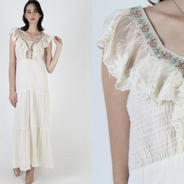 Vintage 70s Floral Embroidered Lace Dress / Elastic Smocked Corset Bodice / Long Ivory Country Prairie Bohemian Maxi by americanarchive