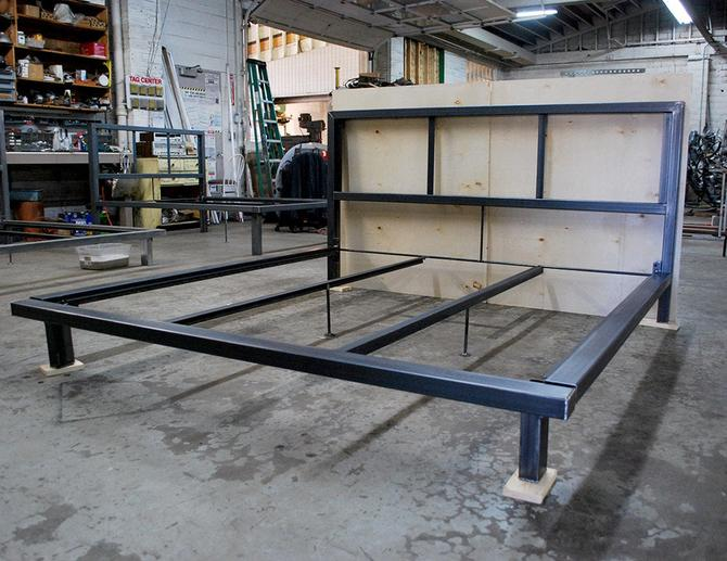 Bed Frame w/o Wood by deliafurniture