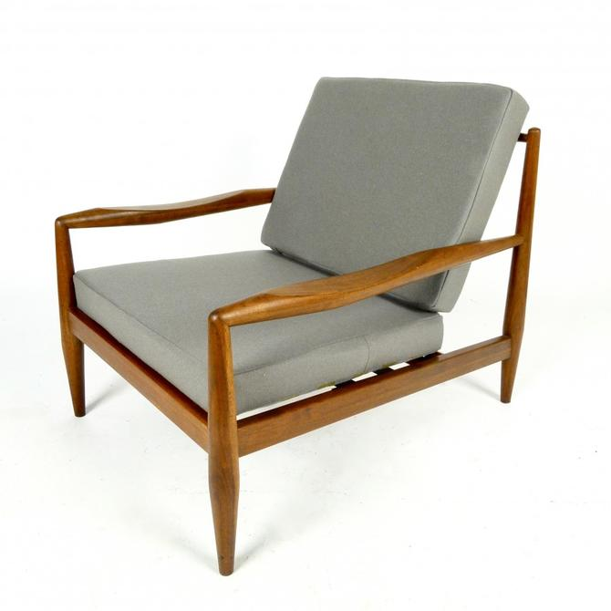 Adrian Pearsall Model 843-C Lounge Chair