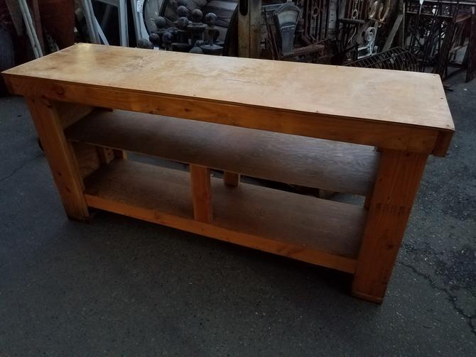 Work Bench 71W x 34.5H x 21D