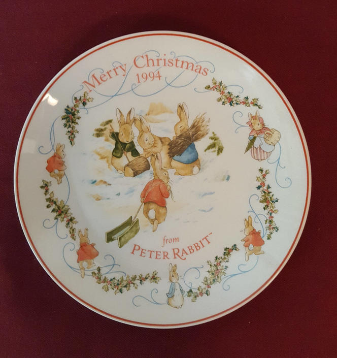 Vintage Beatrix Potter Nursery Ware 1994 Peter Rabbit Christmas Plate By Wedgwood by OverTheYearsFinds