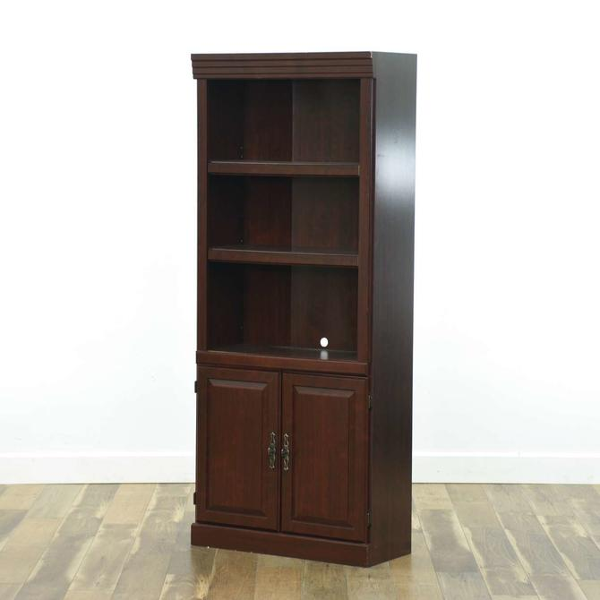 American Traditional Mahogany Finish Bookcase Cabinet