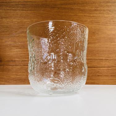 1966 Oiva Toikka Fauna bowl / Finnish crystal with animal scenes produced by Nuutajärvi / mid-century clear glass dish Iittala Arabia by EarthshipVintage
