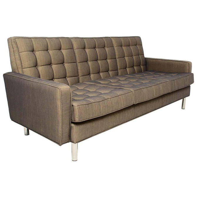 Classic Mid-Century Modern Florence Knoll Tufted Chrome Sofa 1950s USA by AMBIANIC