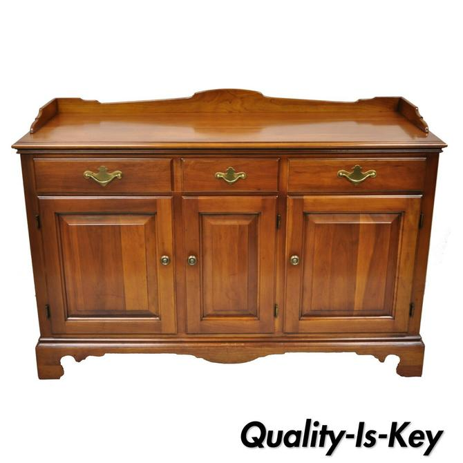 Vintage Statton Trutype Solid Cherry Wood American Colonial Buffet Sideboard