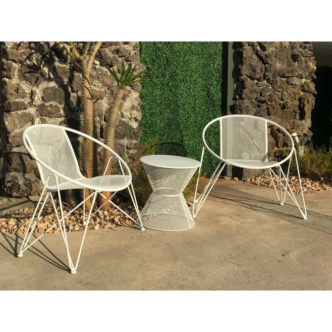 White wire 3 piece outdoor set