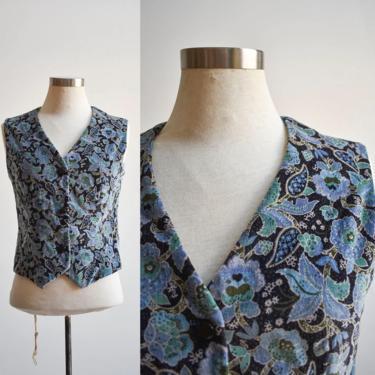 Vintage Blue Floral Velour Vest by milkandice