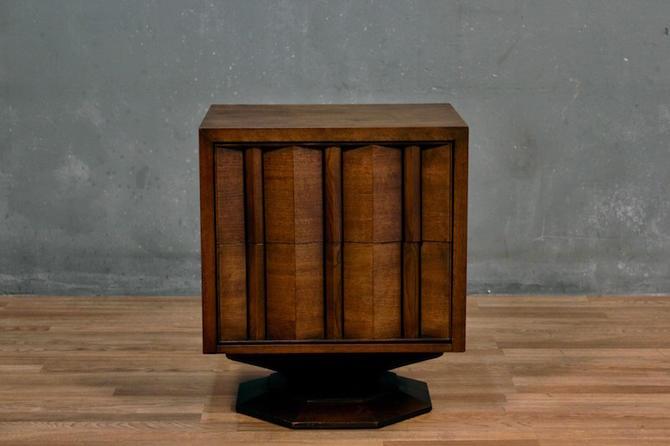 Mid Century Walnut Pedestal 2-Drawer Nightstand