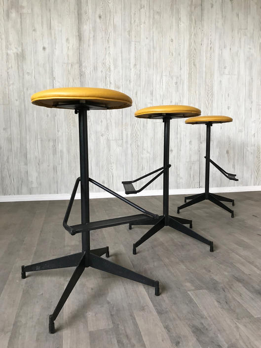 Groovy Mid Century Modern Industrial Bar Stools From Mode Mod Of Unemploymentrelief Wooden Chair Designs For Living Room Unemploymentrelieforg