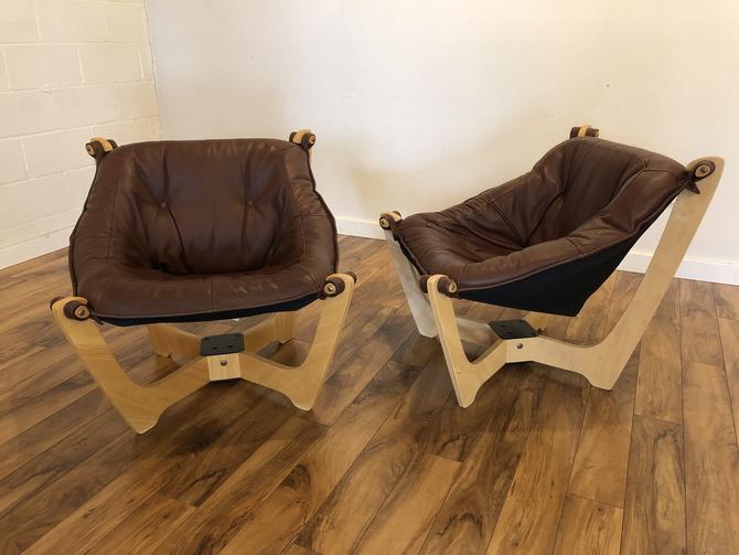 Luna Chairs Pair