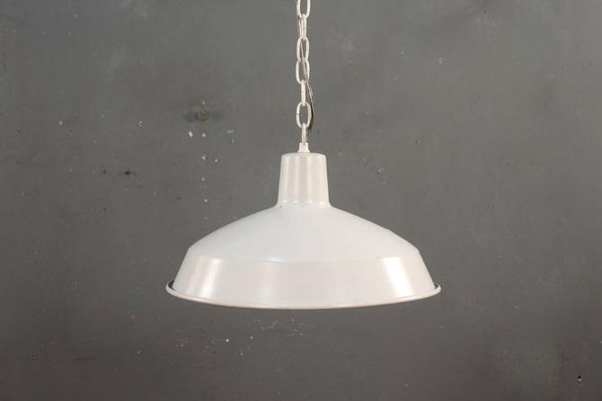 Industrial White Pendant Swag Lamp