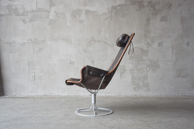 Bruno Mathsson Leather Lounge Chair. by FandFVintage