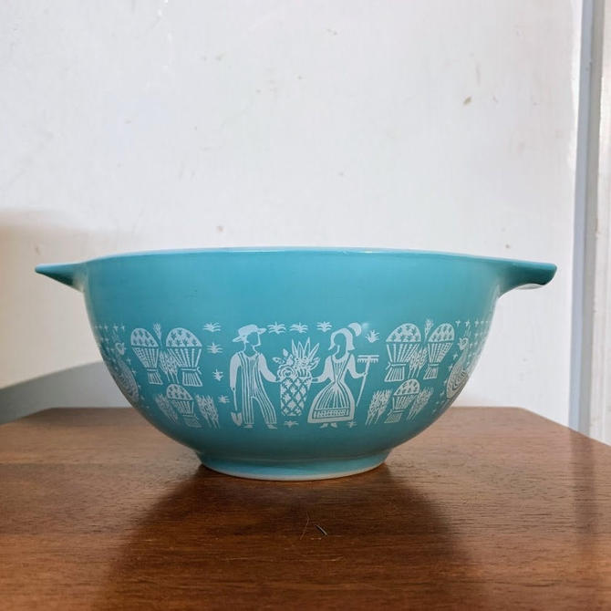Vintage Pyrex Butterprint Cinderella Mixing Bowl 442 by OverTheYearsFinds
