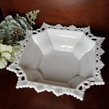 Vintage Milk Glass Bowl / Lace Edge Milk Glass Fruit Bowl / White Table Centerpiece Bowl Console Bowl / Westmoreland Milk Glass Display Bowl by SoughtClothier