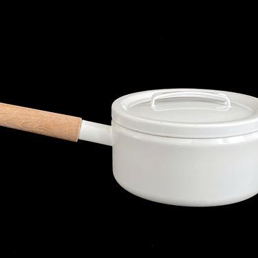 Vintage Mid Century Modern Enamelware Seppo Matte ARABIA Finland WHITE Enamel Metal Pot Pan w Lid Wood Handle like Kobenstyle Finnish Design by SwankyChaperooo