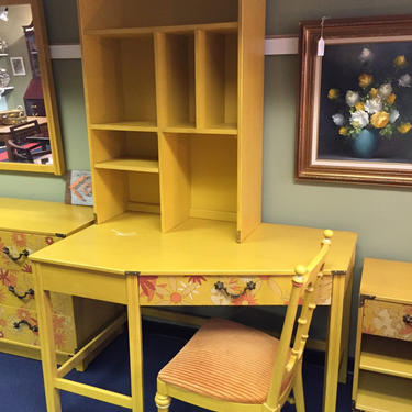 Drexel Whimsy desk with hutch and chair by AgentUpcycle