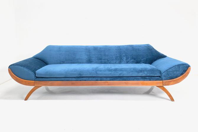 Gondola Sofa by BetsuStudio