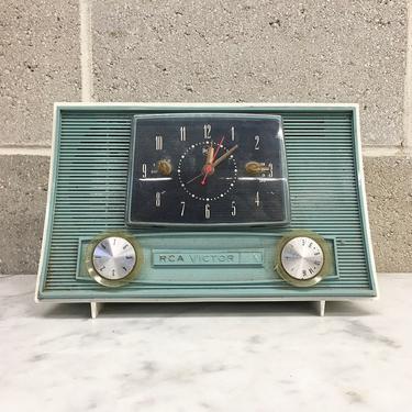 Vintage Clock Radio Retro 1950s RCA Victor + Model 3-RD-45 + Atomic + Jetsons + Turquoise Green + AM Tube Radio + Audio + Home Decor by RetrospectVintage215
