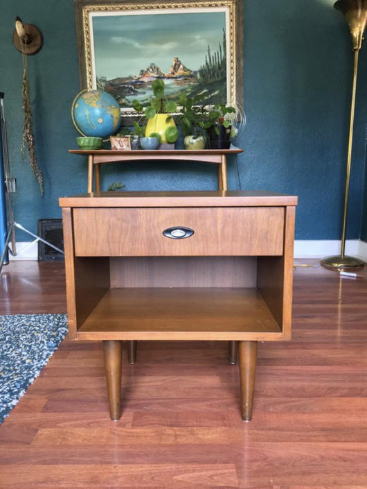 Vintage Mid Century Modern Table Stand by BigWhaleConsignment