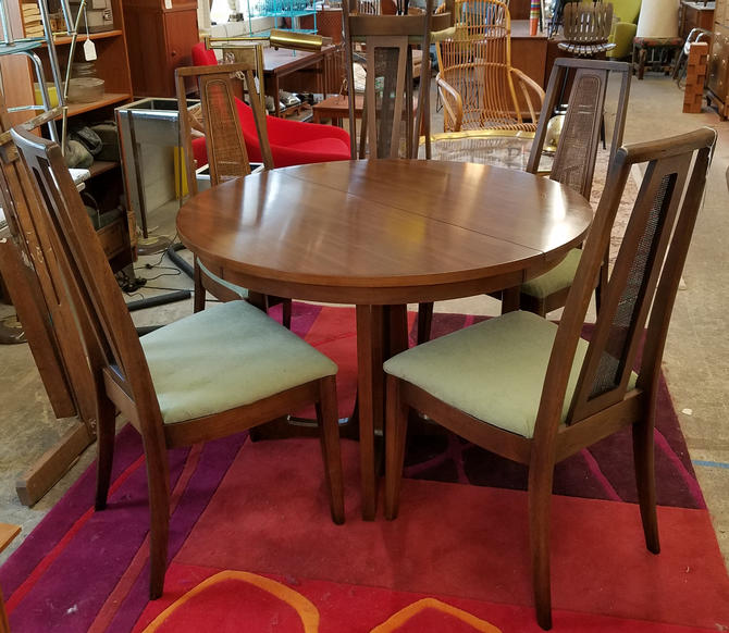 Mid Century Dining Table And Chairs From Vintage Mc Attic