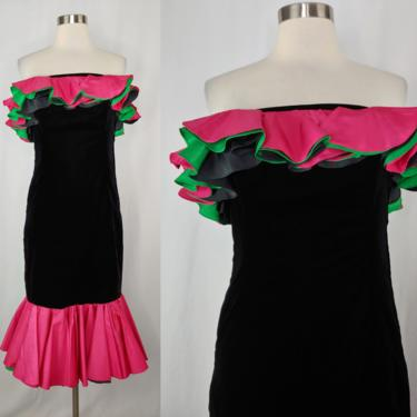 Vintage 80s XXS Black Velvet Strapless Ruffle Cha-cha Dress - Eighties XXS Trumpet Skirt Party Dress by JanetandJaneVintage