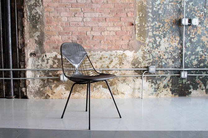 Eames Bikini Wire Chair