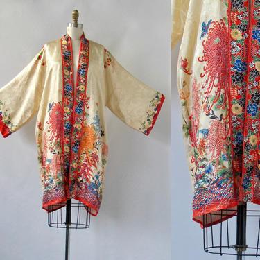 LA VIE BOHEME Vintage 30s Kimono Robe | 1930s Rayon Floral Chrysanthemum Asian Japanese Print | 20s 1920s Pinup Boudoir Dressing Gown Medium by lovestreetsf