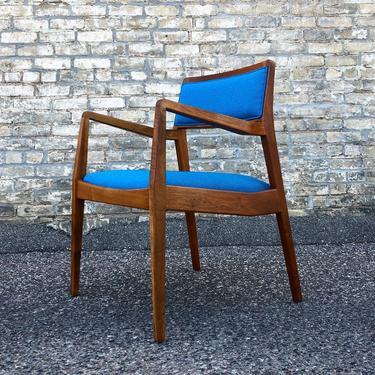 Jens Risom C140 'playboy' Arm Chair