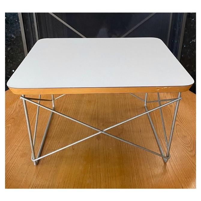 (AVAILABLE) Early Eames Herman Miller LTR table