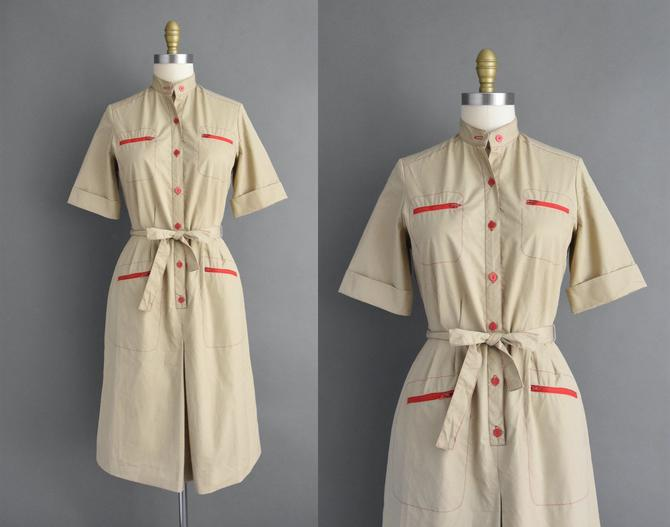 vintage 1980s | Comfortable Beige & Red Short Sleeve Red Zipper Cotton Day Dress | Medium | 80s dress by simplicityisbliss