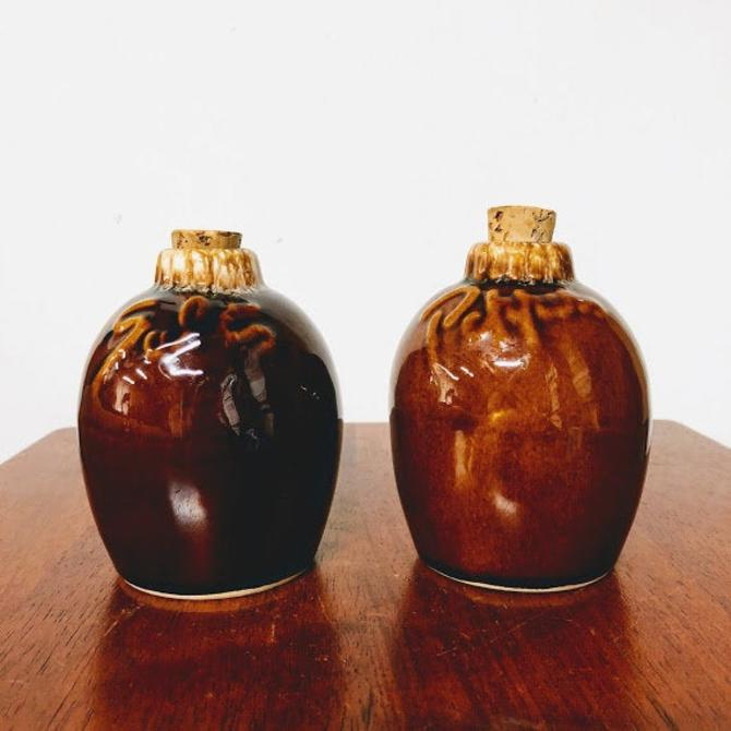 Vintage Hull Brown Drip Salt and Pepper Shaker Set by OverTheYearsFinds