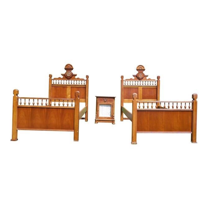 Betsy Cameron Victorian Twin Bedroom Set