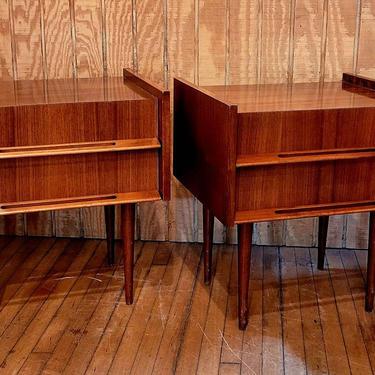 Mid Century Teak Nightstands pair by LazyDogAntiqueStore