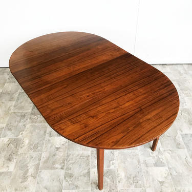 Mid Century Walnut dining table by Jack Cartwright