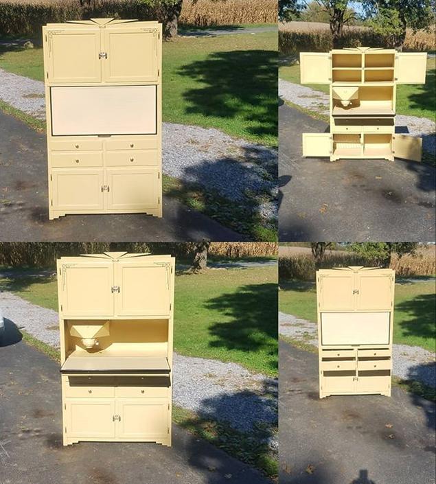 "Rare Deco Sellers ""Tuck-Away"" Top Hoosier Cabinet"