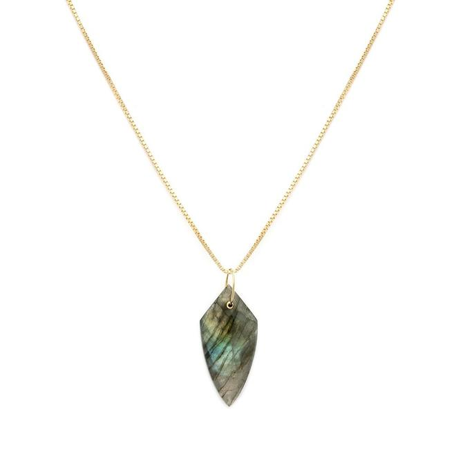 Cler Necklace - Labradorite