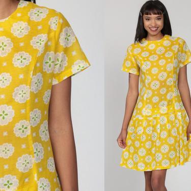 Yellow Scooter Dress 60s Mini Mod Floral Drop Waist PLEATED 1960s Vintage Sixties Twiggy Go Go Sleeveless MiniDress Print Medium by ShopExile