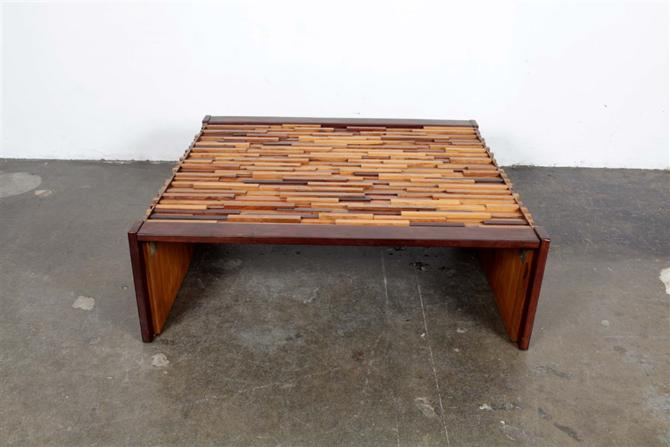 coffee table 1087