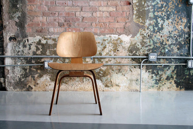Vitage DCW chair by Eames