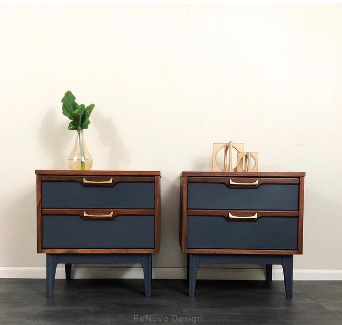 SOLD Mid Century Modern Bedside Tables by ReNuvoDesign