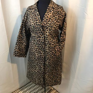1970s vintage Italian Leopard Print rain trench coat L by RadioRadioVintage