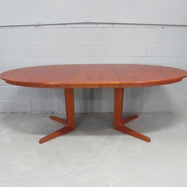 Mid-Century Danish Modern Teak Extension Dining Table