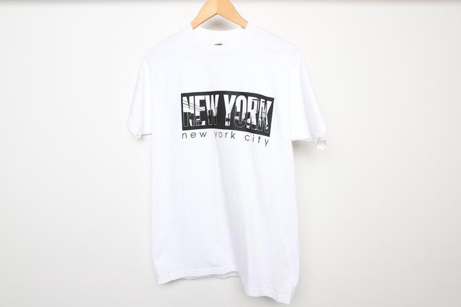 vintage y2k NEW YORK CITY manhattan vintage 1990s y2k white and black city sky line shirt -- size medium by CairoVintage