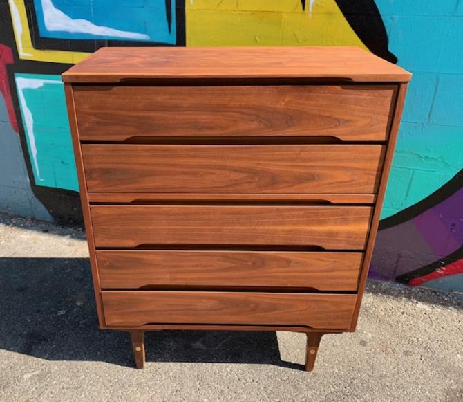 Mid Century Chest Of Drawers By Stanley