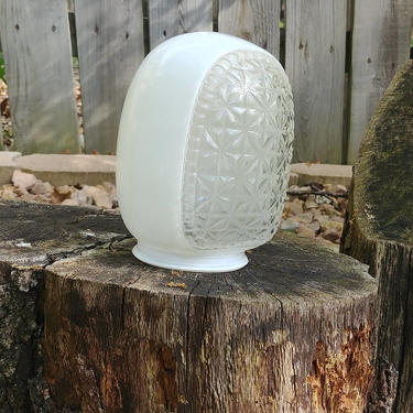 Art Deco Geometric Pattern Bathroom Wall Sconce Porch Light Fixture Shade by RedsRustyRelics