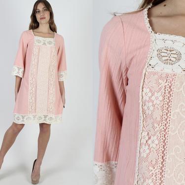 Peach Gauze Mini Dress / Vintage 70s Crochet Lace Dress / Wide Half Bell Sleeves / Lounge Festival Shift Trapeze Knee Length Dress by americanarchive